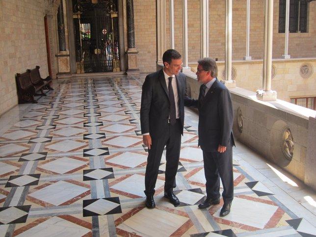 Secretario general del PSOE Pedro Sánchez y el pte.De la Generalitat Artur Mas