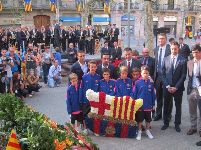 Ofrenda floral del Barça ante el monumento a Rafael Casanova por la Diada