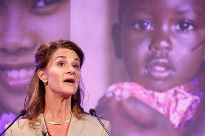 La fundación de Bill Gates y su esposa destina al ébola 50 millones de dólares