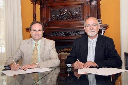 El Colegio Oficial de Farmacia de Valencia y SEFAC firman un convenio de colaboración de farmacia comunitaria