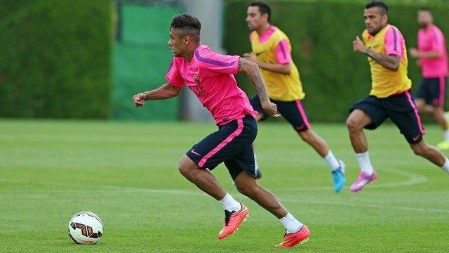 Neymar en un entrenamiento del FC Barcelona
