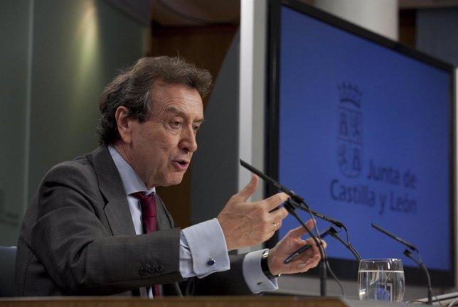 José Antonio de Santiago-Juárez tras el Consejo de Gobierno