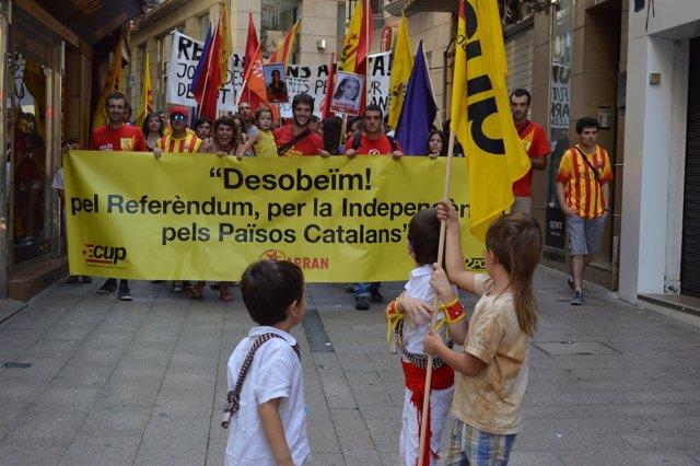 Manifestación independentista en Lleida durante la Diada 2014