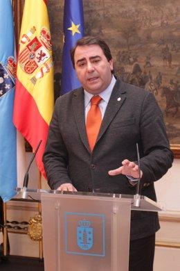 Carlos Negreira.