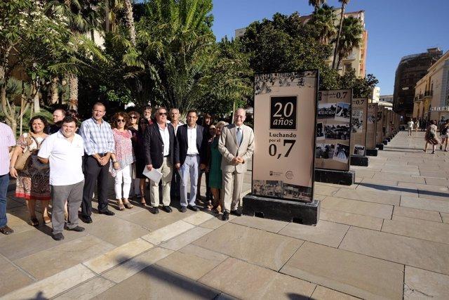 Exposición en calle Alcazabilla