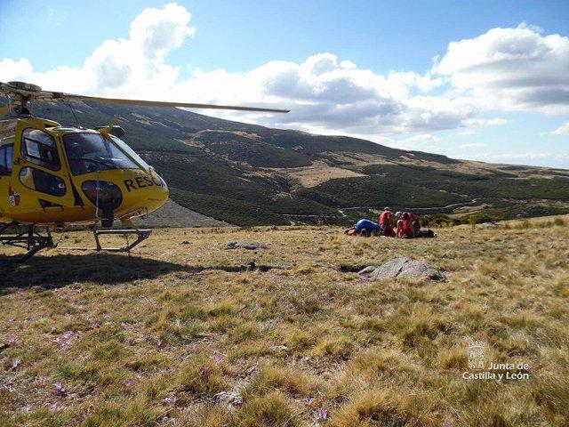 Rescate en Villafranca de la Sierra (Ávila)