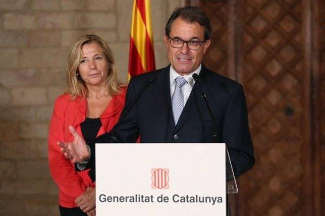 Vicepta.De la Generalitat Joana Ortega, pte.Artur Mas
