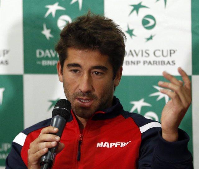 Marc López comparece en rueda de prensa para la Copa Davis