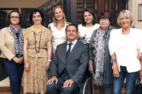 Representantes de personas con discapacidad
