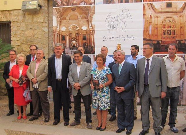 Foto de familia de la presentación del XV Festival de Otoño de Jaén
