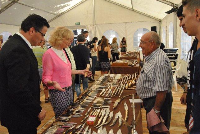 Feria cuchillera