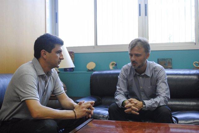 El delegado de la Junta en Huelva, José Fiscal, y el secretario de CCOO, Emilio.