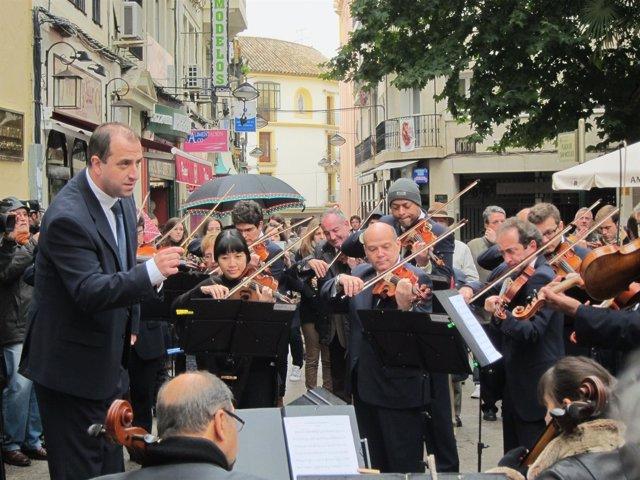 La Orquesta tocando en un anterior concierto reivindicativo