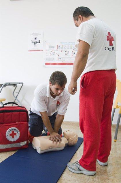 Cruz Roja organiza talleres de primeros auxilios para preparar a voluntarios