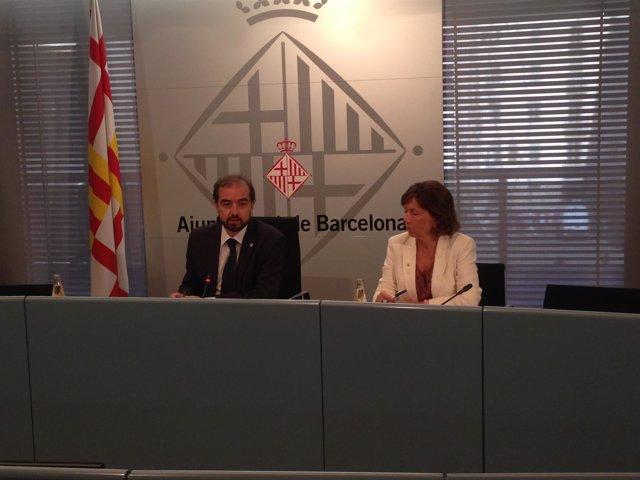 El concejal de Educación, G.Ardanuy, y la secretaria de Educación, M.Jesús Mier