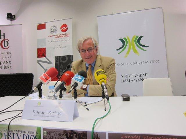 El director del CEB, Ignacio Berdugo, en la presentación de los actos del curso