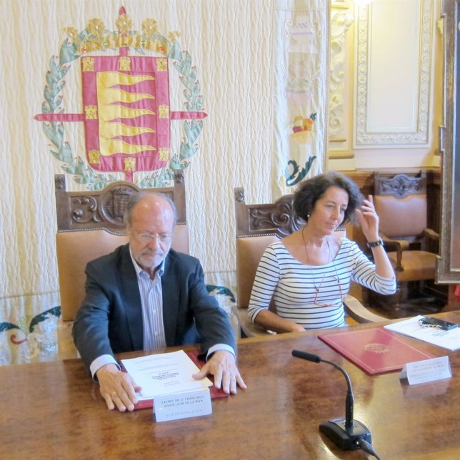 León de la Riva y Mercedes Cantalapiedra