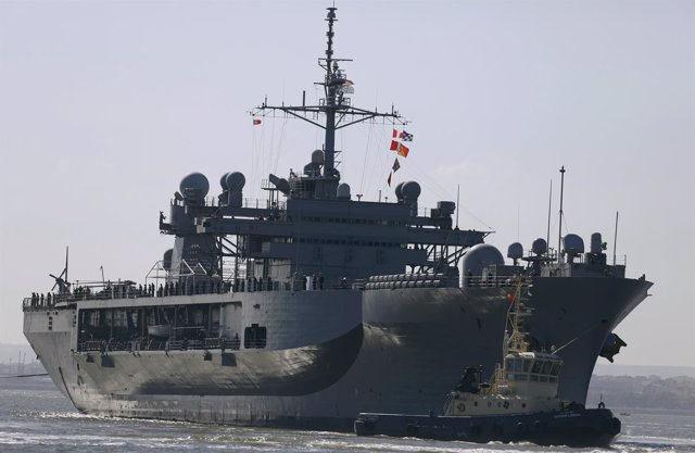 El buque USS Mount Whitney