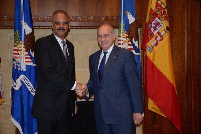 Fernández Díaz se reúne con el fiscal general de Estados Unidos