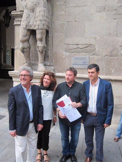 Los cuatro diputados autonómicos de CHA presentan un escrito de renuncia al aforamiento