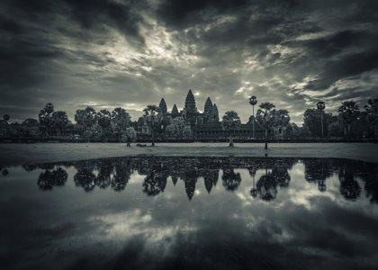El Parlamento acoge la exposición '300 días fotografiando el sudeste asiático', de Sergio Díaz