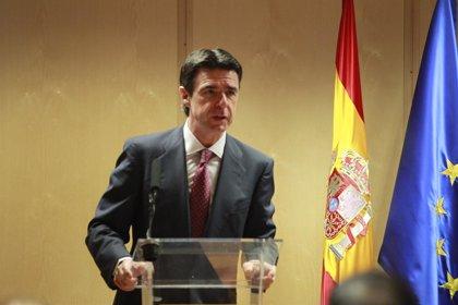 Soria, sobre si será candidato en Canarias, dice que siempre está a disposición del partido