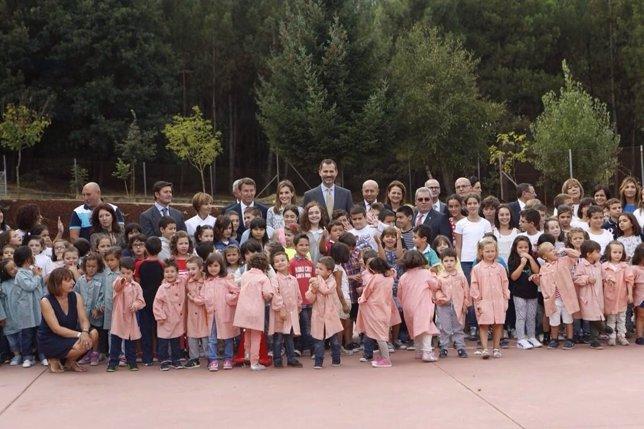 Los Reyes inauguran el curso en Pereiro de Aguiar (Ourense)