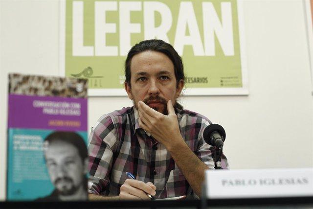 Pablo Iglesias en la presentación de un libro