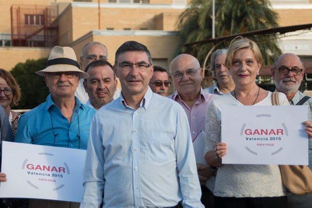 Pedro Miguel Sánchez tras anunciar que se presenta a primarias
