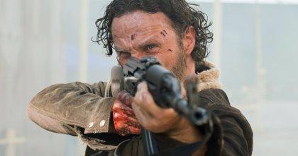 Rick intenta escapar en las nuevas imágenes de The Walking Dead