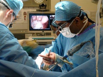 Obesidad: La cirugía endoscópica puede usarse en adolescentes para tratar la