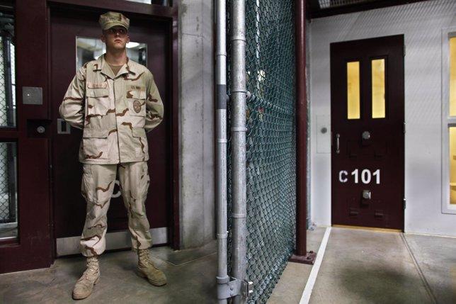 Prisión De Guantánamo, En Cuba