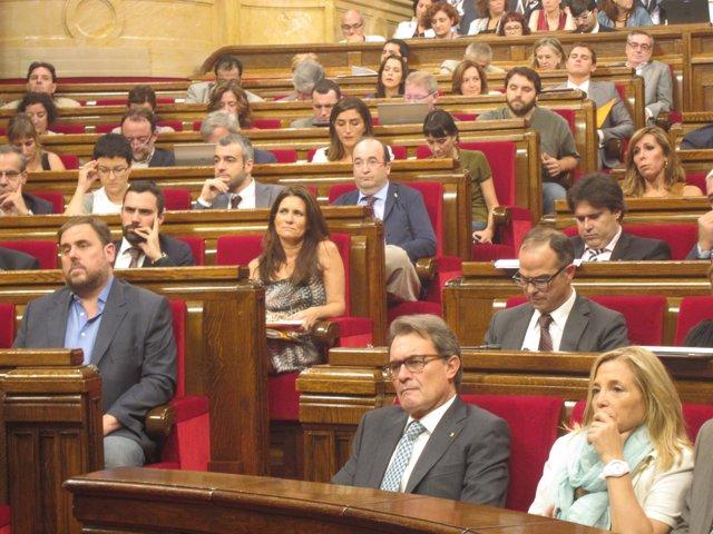 Artur Mas, J.Ortega, O.Junqueras, en el pleno de ley de consultas del Parlament