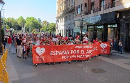 Más de 500 personas reclaman en Valladolid el derecho a la vida