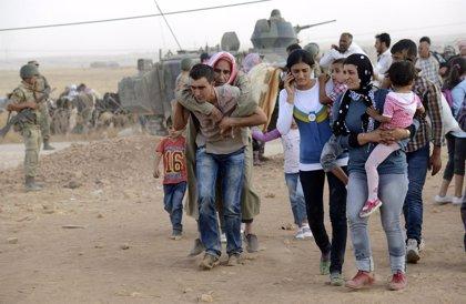 ACNUR estima que más de 100.000 sirios han cruzado la frontera con Turquía en las últimas 48 horas