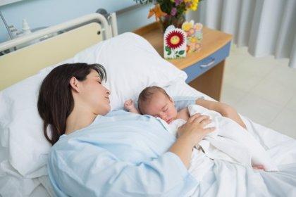 Parto, dónde dar a luz: hospital público o clínica privada