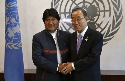 """Morales: """"Es un deber de todos los gobiernos erradicar la pobreza y la discriminación de los indígenas"""""""