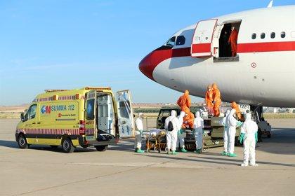 España ofrece a la UE formación en evacuación aérea para repatriar pacientes infectados por ébola