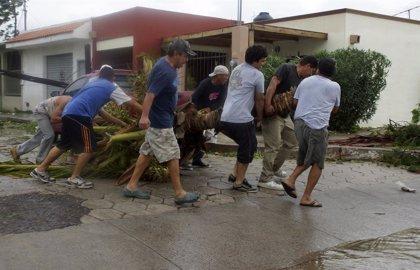 Declaran emergencia en Baja California y Durango por el huracán 'Odile'