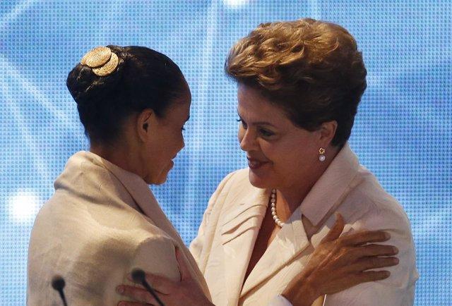 Marina Silva y Dilma Rousseff se saludan en debate electoral