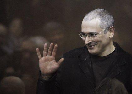 """Jodorkovski niega que vaya a crear un nuevo partido, aunque dice que buscará un """"cambio fundamental"""" en Rusia"""
