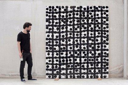 La galería Miquel Alzueta inaugura con arte contemporáneo y mobiliario del siglo XX