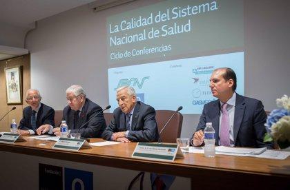 """Carrón considera las nuevas tecnologías como """"factores clave"""" para la sostenibilidad del sistema nacional de salud"""