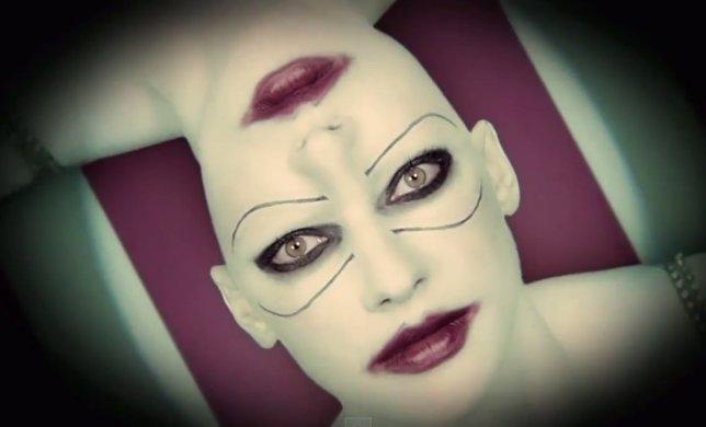 Caras con dos bocas los nuevos avances de AHS: Freak Show