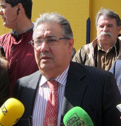 """Zoido: El tema del aborto """"no está resuelto en España"""""""