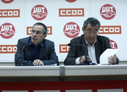 CC.OO. y UGT rechazan que se vuelvan a congelar los sueldos públicos en 2015 y exigen al Gobierno que negocie