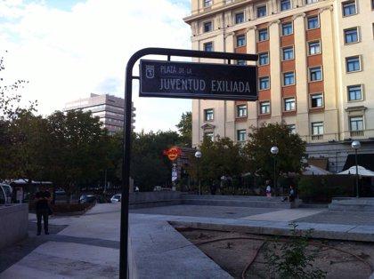 Cambian el nombre a la plaza de Margaret Thatcher por el de Juventud Exiliada