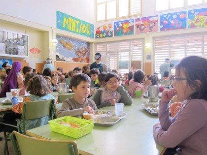 Los menús escolares se encarecen un 19,3% en Cantabria, según CEAPA