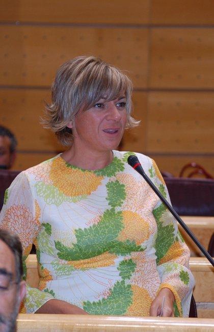 La senadora del PSOE Elena Diego renuncia a su escaño para demostrar su inocencia y dice que es una decisión personal