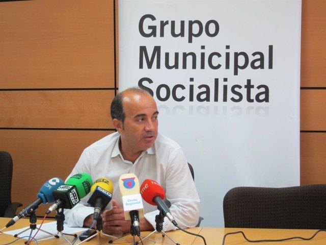 Pedro López en rueda de prensa